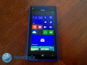 HTC Windows Phone 8X (2)