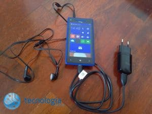 HTC Windows Phone 8X (21)