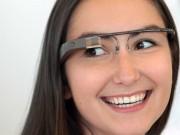 Google-Glass-Girl-Model-Wallpaper