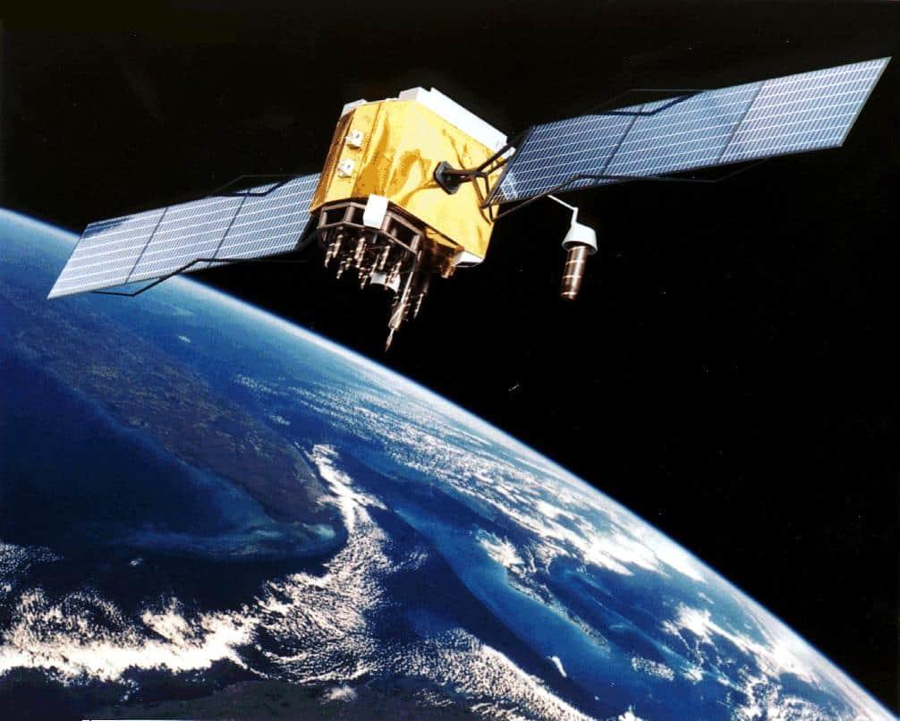 Foto: Google e Facebook podem apostar em satélites para acesso à Internet Ambas as empresas têm trabalho para que a internet chegue a mais pessoas no mundo e o próximo passo poderá estar no espaço, com satélites. http://go.pwm.pt/1o617Zv