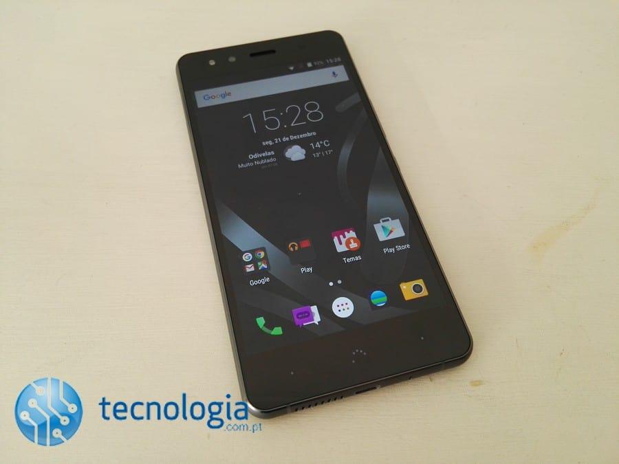BQ Aquaris X5 Cyanogen (1)