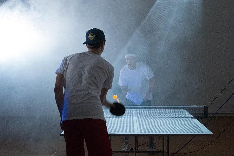 Mesa inteligente ensina a jogar ténis de mesa