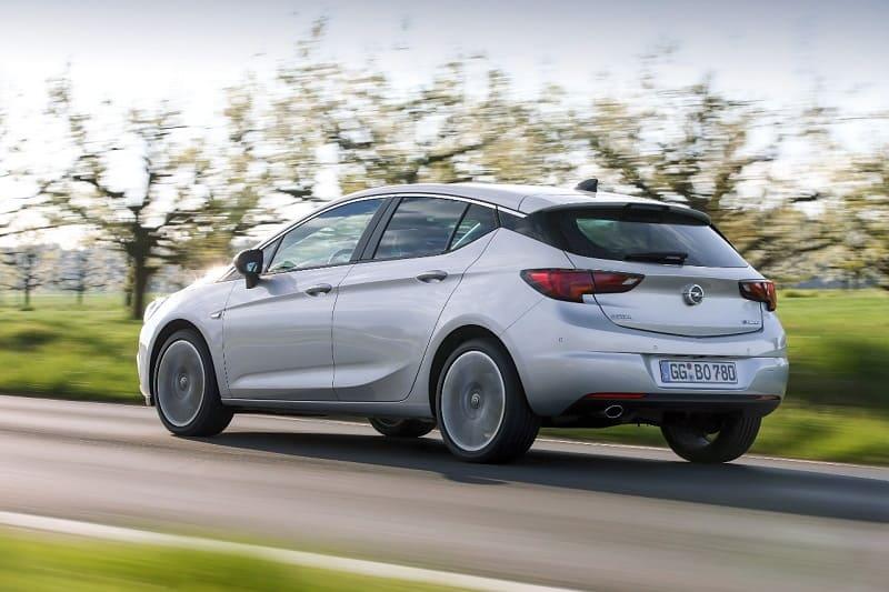 Opel Astra BiTurbo Hatchback