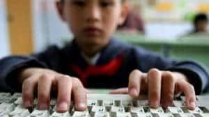 Estudo alerta para maior segurança online no regresso às aulas