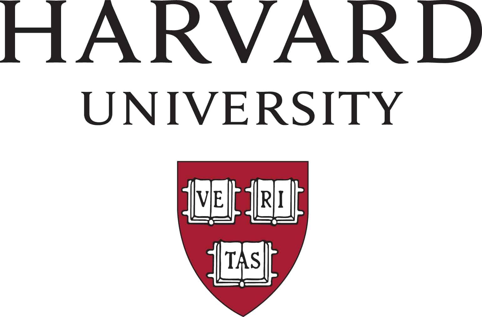 Harvard expulsa 10 alunos por publicação de