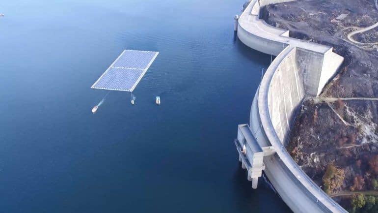 Central fotovoltaica flutuante inaugurada em Portugal