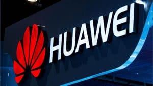 Primeiro smartphone 5G com tela dobrável da Huawei chega em 2019