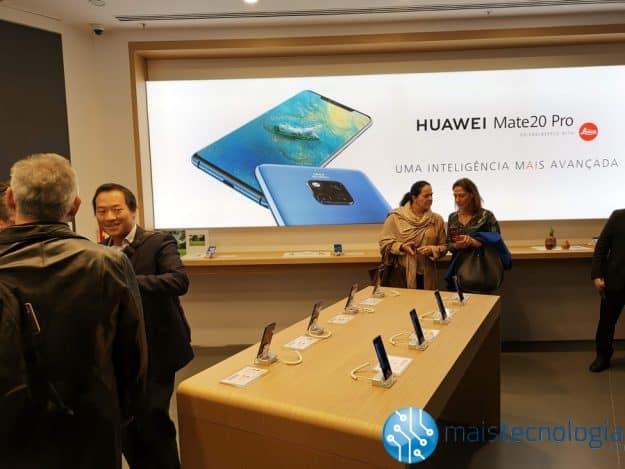 Huawei apresenta novo conceito Experience Store na sua loja do Colombo