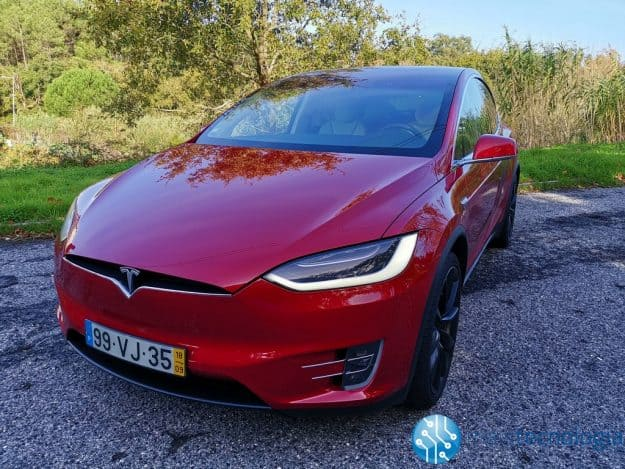 Ensaio Model X: a review ao SUV luxuoso da Tesla