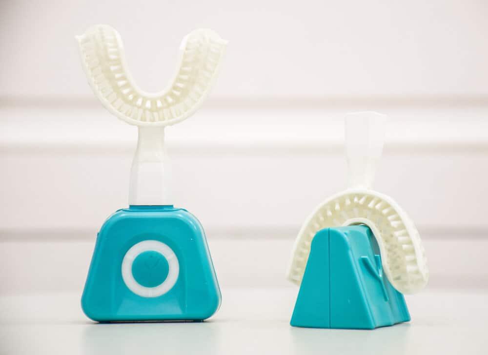 Ces 2020 Y Brush é A Escova De Dentes Que Lava Em 10 Segundos Maistecnologia