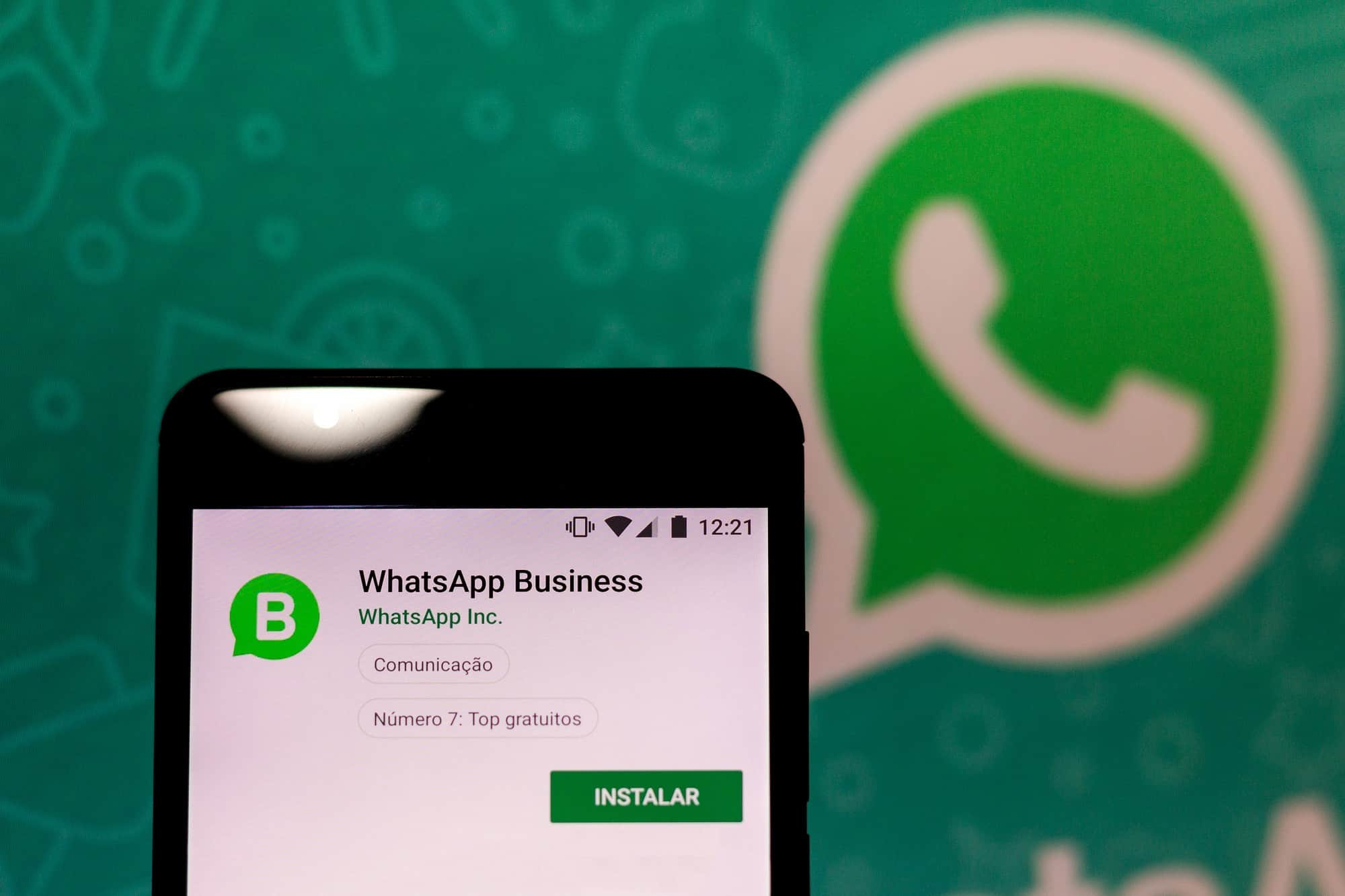 WhatsApp: Facebook will have given up on adding advertising to the ...